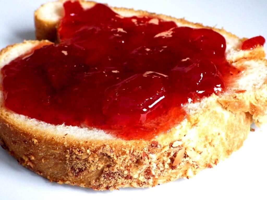 bread machine strawberry bread