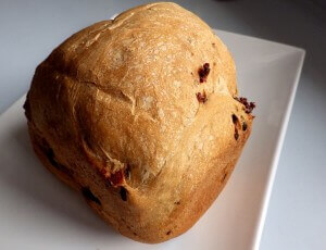 Cinnamon raisin bread - whole loaf
