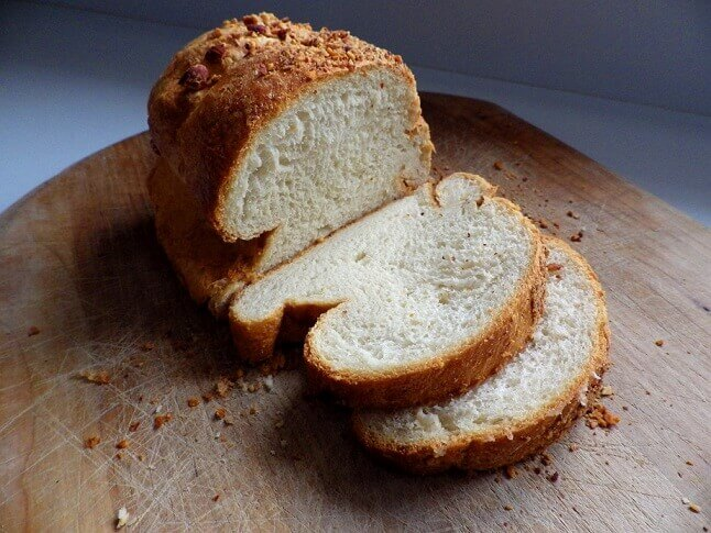 Bread Recipes with Fruits and Nuts in Your Bread Maker