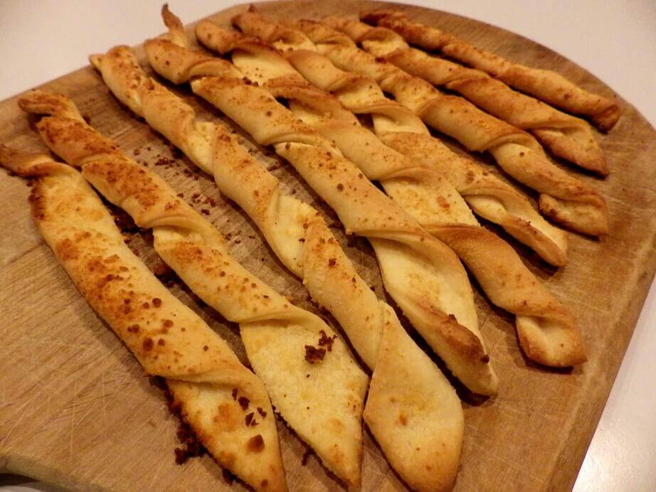 baked breadsticks