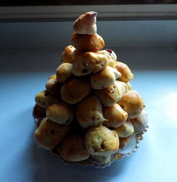6 - Christmas tree Bread