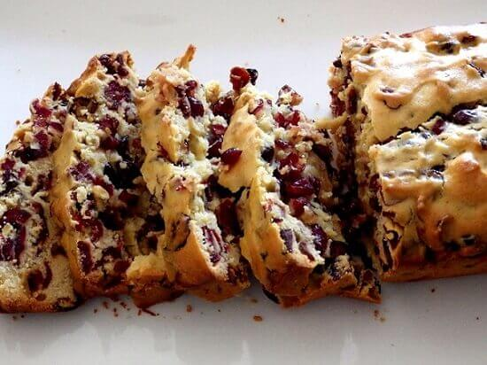 4 Cranberry bread - sliced