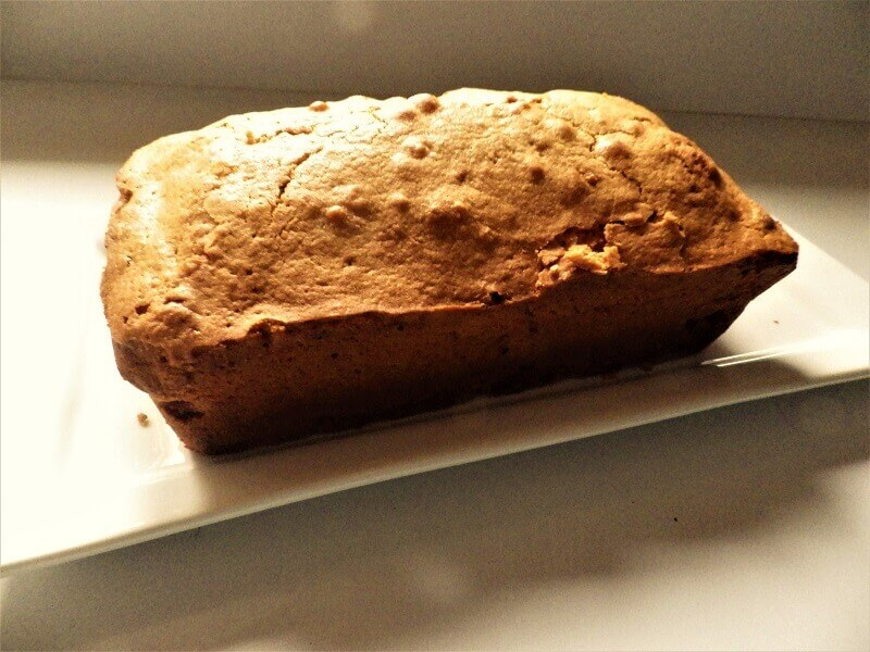 Apple Loaf Cake With Oil